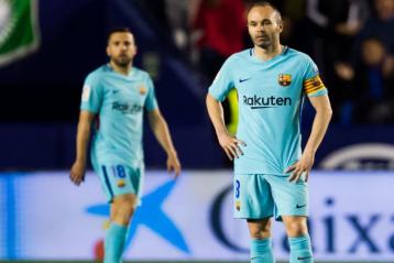 Iniesta saying goodbye to Barcelona